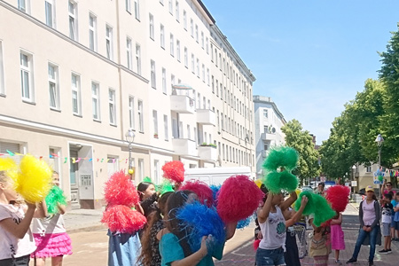 Verkehrsprojekt-Familie-Neustadt